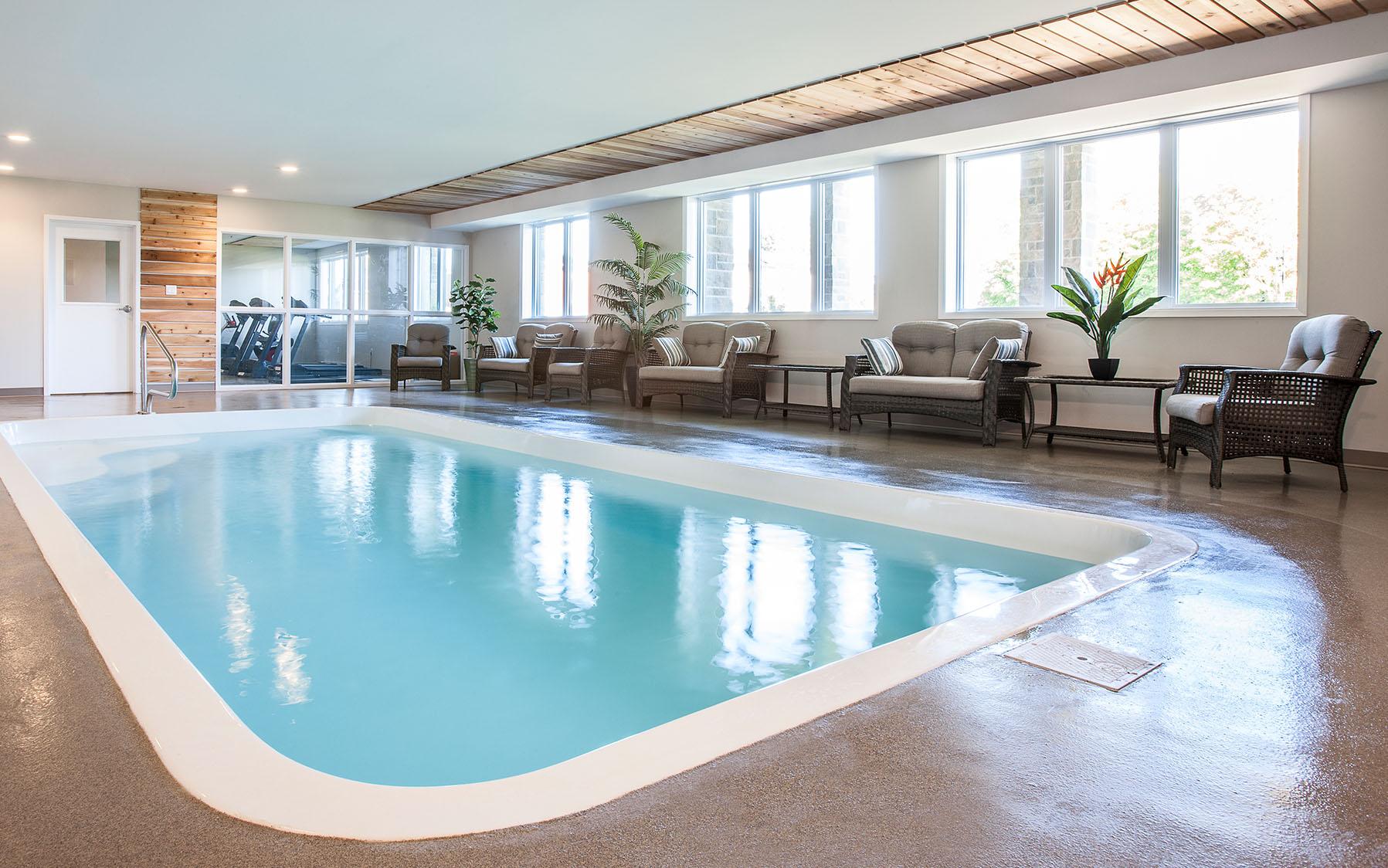 Thetford mines r sidence le renaissance for Renaissance piscine